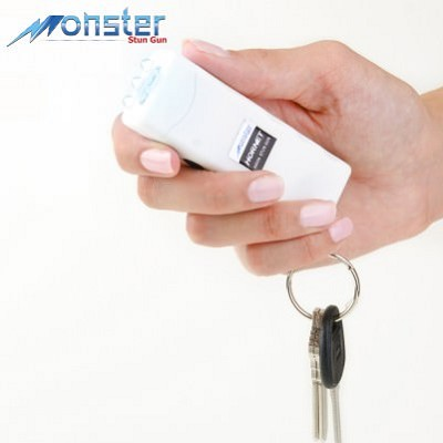 Mini Keychain Stun Gun LED Flashlight HORNET 6 Million Volt White Rechargeable